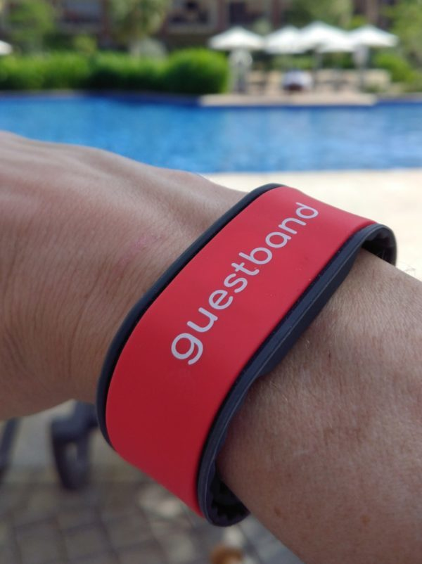 GuestbandⓇ announces the launch of its new service for hotels and resorts around the world. Through the use of next generation wearable technology, holidaymakers can now create a tapestry of interactions during their vacation that lead to better experiences and give resort owners valuable insights into the use of their facilities.